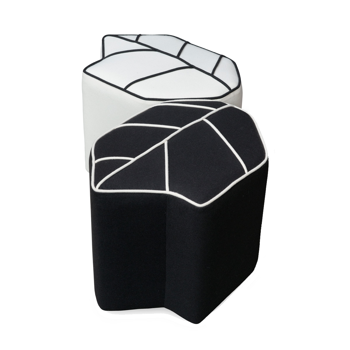 indoor-pouf-leaf-seat-black-white